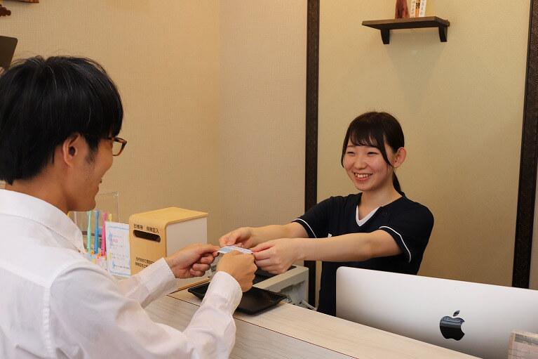 痛くない削らない虫歯治療なら当院にご相談下さい